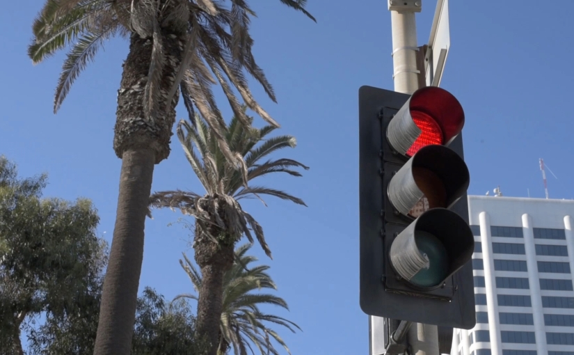 Free Stock Footage – Santa Monica Streetlights with Palm Trees Ocean Ave 02 – Royalty Free